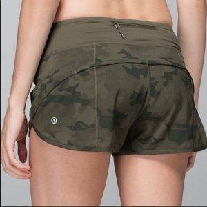 Lululemon savasana Camo Speed Shorts